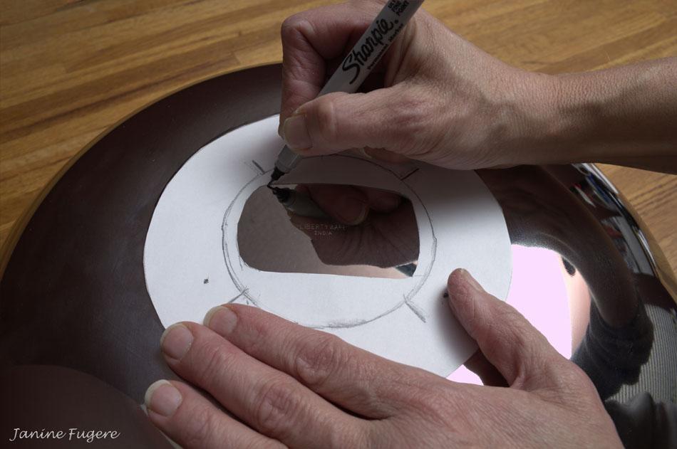 Tracing-Flash-Head-Opening-onto-Dish